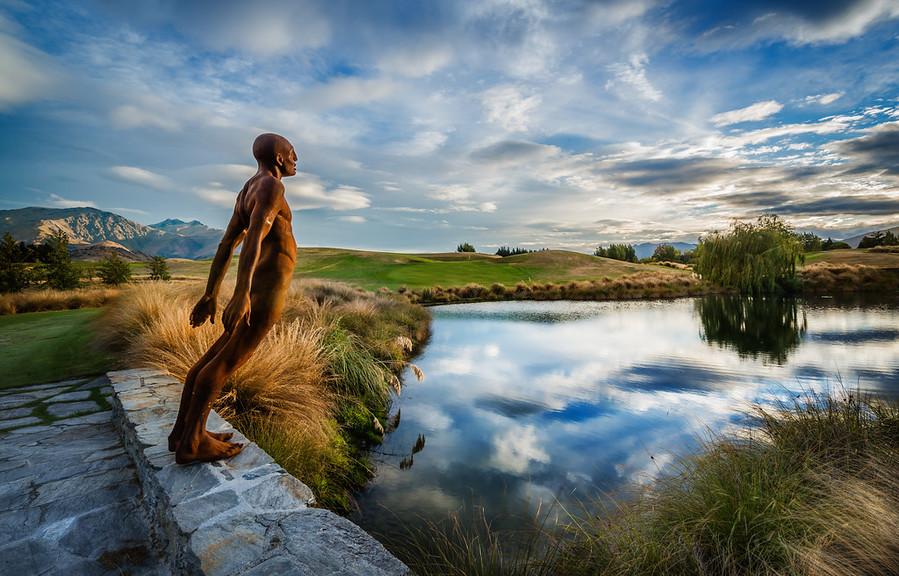 Max Patte Statue