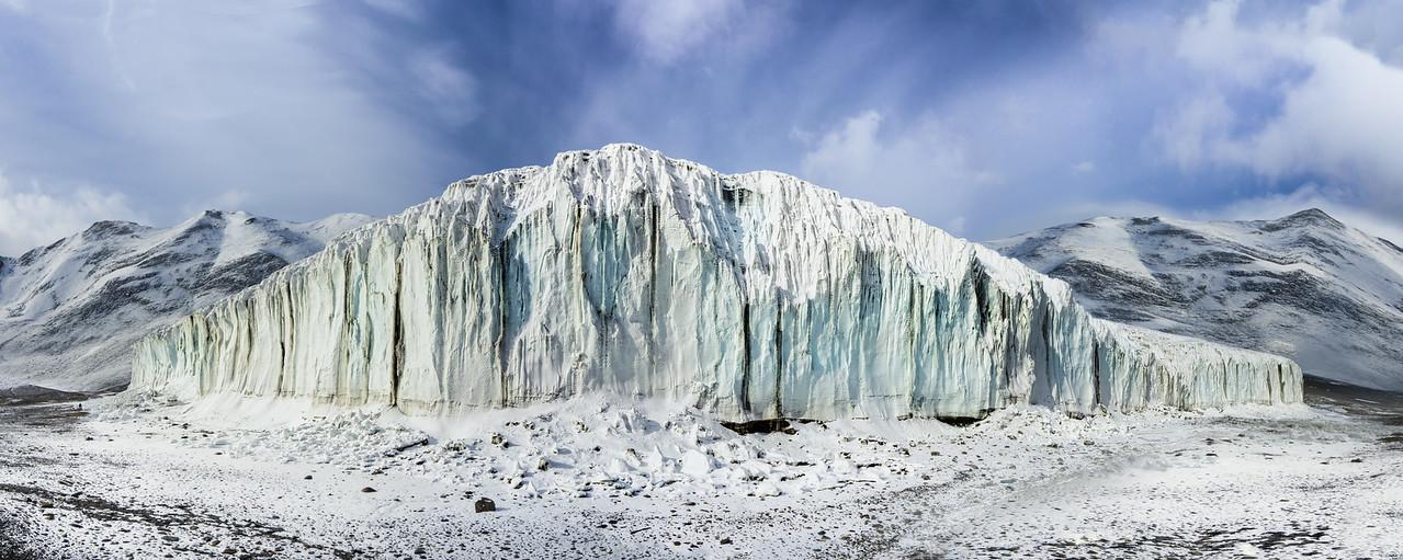 Spreading out across Antarctica