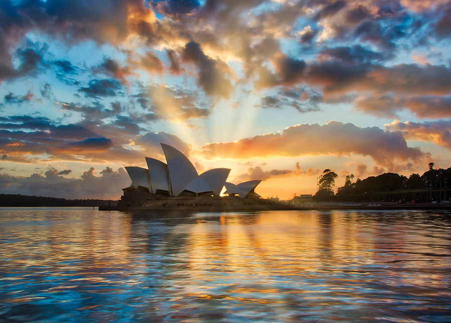 The Sun is Rising or Setting in Sydney