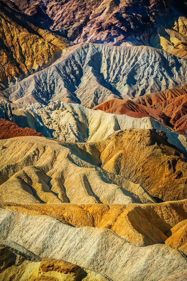 The Crazy Colors of Death Valley