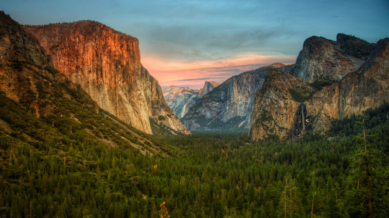 """<h2>Yosemite Valley View</h2> My first trip to Yosemite was so fun!<br/><br/>I've been to Yellowstone about a dozen times, so it was strange never to have a trip to Yosemite under my belt.  Yellowstone is great and everything, but it lacks a few of these """"epic"""" scenes, if you know what I mean.<br/><br/>- Trey Ratcliff<br/><br/><a href=""""http://www.stuckincustoms.com/2012/03/07/yosemite-valley-view/"""" rel=""""nofollow"""">Click here to read the rest at the Stuck in Customs blog.</a>"""