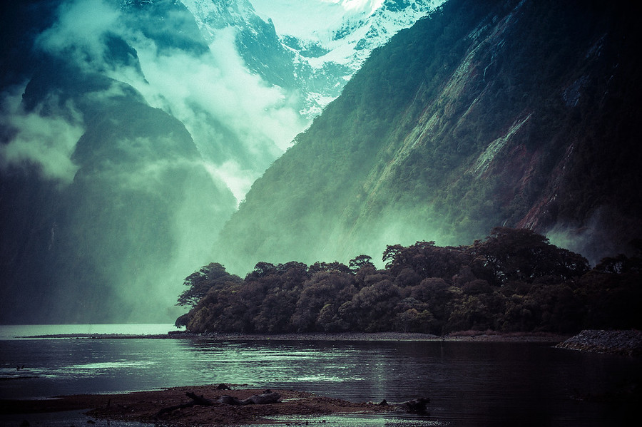 The Milford Sound Spray – Stuck in Customs