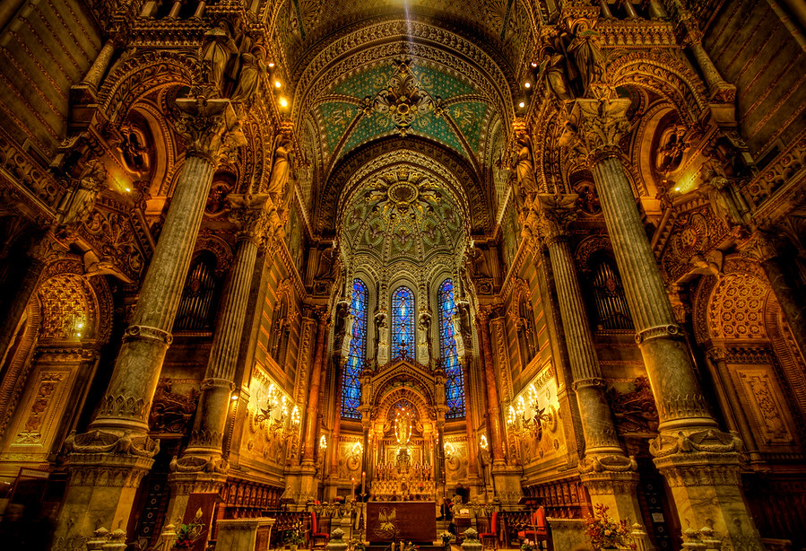 Notre dame of lyon aka how to take clandestine cathedral pictures notre dame of lyon fandeluxe Image collections